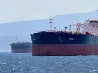 Φωτογραφία για «Μερμπαμπού» με σημαία Mάλτας το πλοίο με τα 16 κρούσματα στον Πειραιά