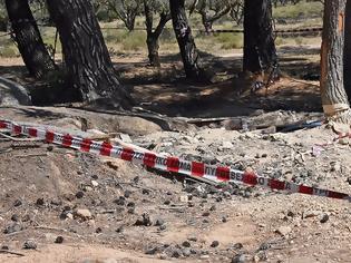 Φωτογραφία για Τραγωδία στη Βαρυμπόμπη: Ένα μήνα έσκαβαν οι τρεις κυνηγοί του «χαμένου θησαυρού» που βρέθηκαν νεκροί