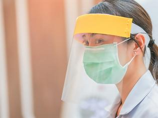 Φωτογραφία για Κοροναϊός : Δεν είναι ασφαλείς οι ασπίδες προσώπου – Δείτε ποιες μάσκες να επιλέγετε