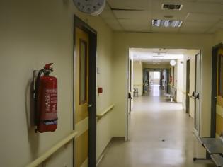 Φωτογραφία για Ο κίνδυνος μόλυνσης γιατρών και νοσηλευτών από κοροναϊό είναι 3,5 φορές μεγαλύτερος