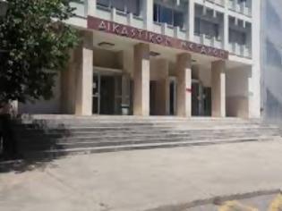 Φωτογραφία για Διαγνωστικά test για κορονοϊό στο Δικαστικό Μέγαρο Αγρινίου