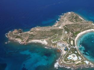 Φωτογραφία για Γκισλέιν Μάξγουελ: Περιγραφές για όργια με ανήλικες στο νησί του Έπσταϊν!