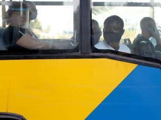 Φωτογραφία για Πάνω από 1.000 ελέγχους σε λεωφορεία έκανε το Σάββατο η Τροχαία για μάσκες και υπεράριθμους επιβάτες