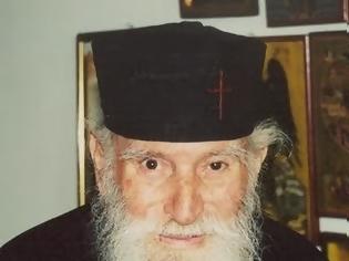Φωτογραφία για ΑΦΙΕΡΩΜΑ: Ἱερέας π.Ἰωάννης Καλαΐδης (1925-2009)