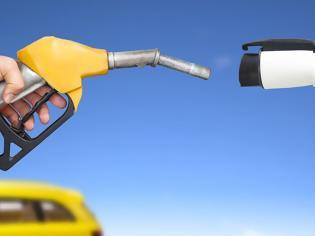 Φωτογραφία για Γιατί δεν πρέπει να σταματήσουν τα αυτοκίνητα βενζίνης και diesel
