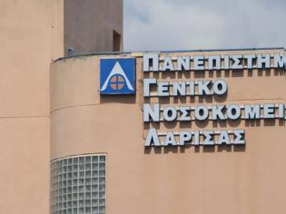 Φωτογραφία για Συναγερμός στη Λάρισα: Επτά γιατροί θετικοί στον κοροναϊό