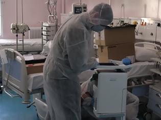 Φωτογραφία για «Καλπάζει» η νόσος - Σχεδόν 1.000 κρούσματα από τις αρχές Αυγούστου