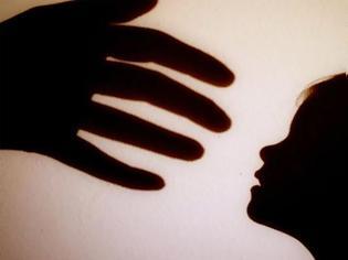 Φωτογραφία για Τρομάζουν τα στοιχεία για την παιδεραστία στη Γερμανία