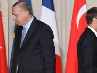 Φωτογραφία για Ερντογάν κατηγορεί τον Μακρόν για «αποικιοκρατικές» βλέψεις στον Λίβανο
