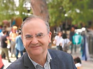 Φωτογραφία για Στις 16 Αυγούστου ο Δημήτρης Στρατούλης παραχώρησε μια συνέντευξη στα Νέα, στην Ζωή Λιάκα