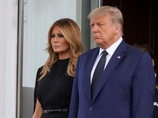 Φωτογραφία για Ο Τραμπ έκανε κηδεία για τον αδελφό του στον Λευκό Οίκο - Η προηγούμενη ήταν για τον JFK (βίντεο)