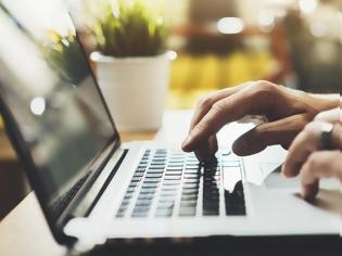 Φωτογραφία για Laptops και tablets στην κορυφή των πωλήσεων εξαιτίας του κορονοϊού
