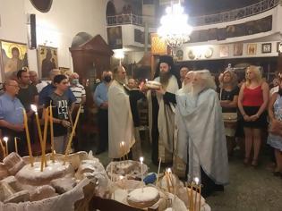 Φωτογραφία για Εσπερινός και Λιτανεία στον Ιερό Ναό Αγίου Ιωάννου Προδρόμου, στον Πρόδρομο Ξηρομέρου (φωτο)
