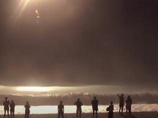 Φωτογραφία για Συγκλονίζει ο ναυαγοσώστης που έσωσε τον κολυμβητή στον Μύρτο. Για ώρες πάλευαν με τα κύματα (video)