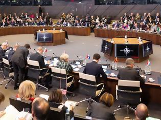 Φωτογραφία για Κρίσιμη συνεδρίαση στο ΝΑΤΟ για την τουρκική προκλητικότητα - Η ελληνική παρέμβαση και το έντονο παρασκήνιο
