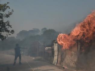 Φωτογραφία για Μπαράζ πυρκαγιών στην Αττική: Ανησυχία για τις αναζωπυρώσεις -