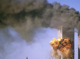 Φωτογραφία για 11 Σεπτεμβρίου: Οι Αμερικανοί τιμούν με μάσκες τα θύματα στους Δίδυμους Πύργους