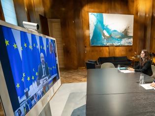 Φωτογραφία για Κουρτς σε Μέρκελ και Μισέλ: Δεν μπορούμε να επιτρέψουμε στον Ερντογάν να συνεχίζει