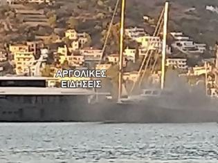 Φωτογραφία για Φωτιά σε τουριστικό πλοίο αναψυχής στο λιμάνι του Πόρου