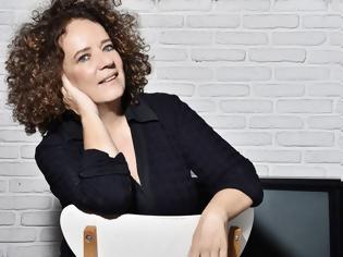 Φωτογραφία για Η σκηνοθέτης του «Τα Καλύτερά μας Χρόνια» Όλγα Μαλέα μίλησε για την νέα σειρά της ΕΡΤ