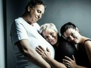 Φωτογραφία για «Ο άντρας που γέννησε τις επιτυχίες στην ιδιωτική τηλεόραση»: Το νέο εξώφυλλο του Χάρη Ρώμα