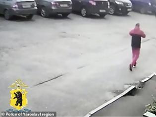 Φωτογραφία για Παιδόφιλος βίασε και τεμάχισε δυο ανήλικες αδερφές