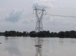 Φωτογραφία για Κακοκαιρία Ιανός: Πού έχει αποκατασταθεί η ηλεκτροδότηση και πού συνεχίζονται οι εργασίες