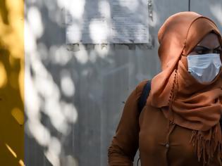Φωτογραφία για «Σαρώνει» ο ιός στους μετανάστες στο κέντρο της Αθήνας!