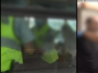 Φωτογραφία για Έβγαλαν σηκωτό άνδρα από λεωφορείο επειδή δεν φορούσε μάσκα –βίντεο