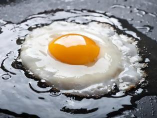 Φωτογραφία για Viral: Πώς να ψήσεις ένα αβγό για να γίνει… φάκελος