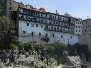 Φωτογραφία για Κοροναϊός : Δύσκολη η κατάσταση στο Άγιο Όρος – Αντιδρούν στο lockdown οι μοναχοί