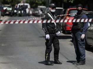 Φωτογραφία για Συλλήψεις από την αντιτρομοκρατική για όπλα και εκρηκτικά