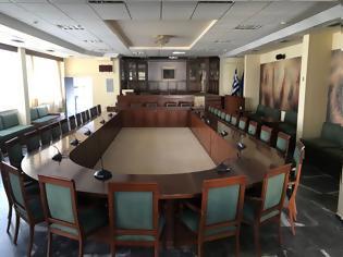 Φωτογραφία για ΚΛΕΙΣΤΕΣ οι συνεδριάσεις των Δημοτικών Συμβουλίων και των λοιπών συλλογικών οργάνων στους Δήμους.