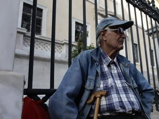 Φωτογραφία για Συντάξεις: Πότε θα πρέπει να υποβάλουν αιτήσεις οι μελλοντικοί συνταξιούχοι