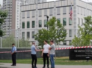 Φωτογραφία για Υπάλληλος της πρεσβείας των ΗΠΑ ξυλοκοπήθηκε μέχρι θανάτου στο Κίεβο