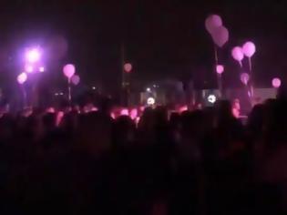Φωτογραφία για Κορωνοϊός-Πάρτι: Επικίνδυνος συνωστισμός σε beach bar με 600 άτομα!