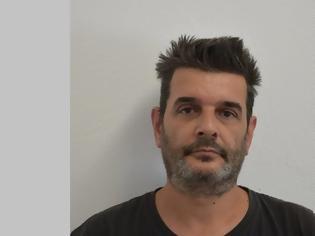 Φωτογραφία για Αυτός είναι ο 49χρονος παιδόφιλος που συνελήφθη στην Αθήνα