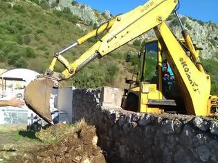 Φωτογραφία για Καθαρισμός του κοιμητηρίου Αστακού