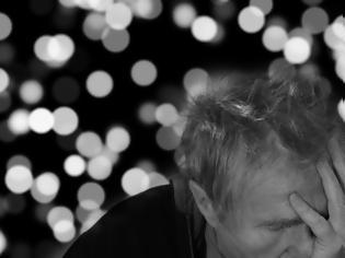 Φωτογραφία για Κορωνοϊός: Γιατί άνθρωποι που ανάρρωσαν νιώθουν ότι «θολώνει» το μυαλό τους