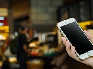 Φωτογραφία για Πόσες μέρες επιβιώνει πάνω στις οθόνες των κινητών και άλλες επιφάνειες