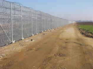 Φωτογραφία για Ξεκίνησε η κατασκευή του νέου φράχτη στον Έβρο