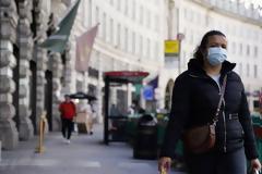 Βρετανία: Το Κέιμπριτζ προβλέπει στη χώρα 690 θανάτους την ημέρα μέχρι τον Νοέμβριο