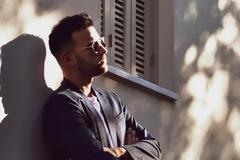 «Έτσι Και Σ' Έβλεπα»: Το νέο κινηματογραφικό βίντεο κλιπ του Νικηφόρου