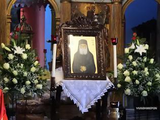 Φωτογραφία για Άγιος Παΐσιος Αγιορείτης: «Ούτε Γεροντικά διάβασε, ούτε Συναξάρια, και όμως η γυναίκα κάνει υπομονή»