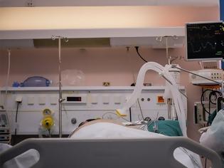 Φωτογραφία για Απίστευτη μαρτυρία 40χρονου που έμεινε για δύο μήνες στην Εντατική με κορωνοϊό: Είδα το άσπρο φως, έλεγα ότι θα πεθάνω
