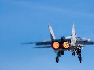 Φωτογραφία για Συντριβή μαχητικού αεροσκάφους στην ανατολική Ρωσία - Σώοι οι πιλότοι