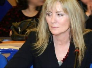 Φωτογραφία για Αναίμακτη αποκαθήλωση της Ελένης Τουλουπάκη με νομοσχέδιο Τσιάρα