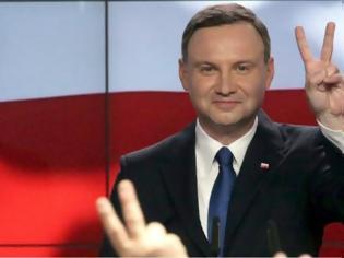 Φωτογραφία για Πολωνία: Θετικός ο πρόεδρος Αντρέι Ντούντα