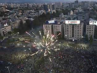 Φωτογραφία για Χιλή: «Ιστορική» ψηφοφορία για την αναθεώρηση του Συντάγματος