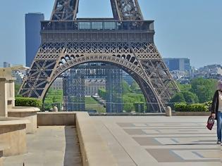 Φωτογραφία για Στη δίνη του κορωνοϊού η Γαλλία: Εξετάζεται η επιβολή κατ' οίκον περιορισμού τα Σαββατοκύριακα